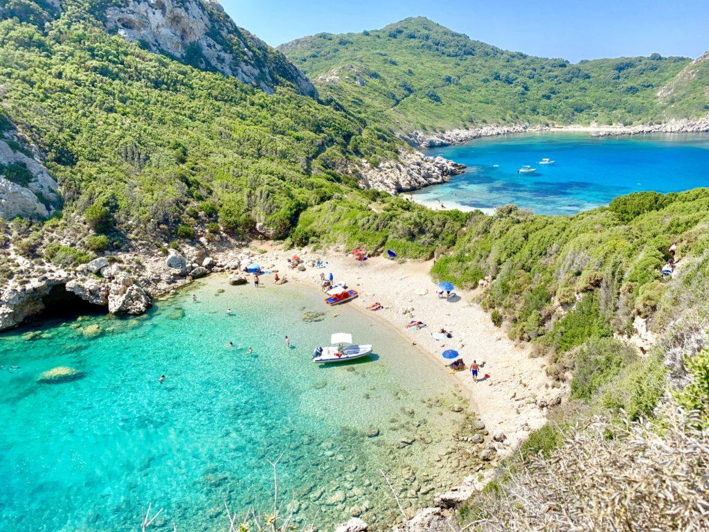 Porto Timoni beach op Corfu in foto album corfu