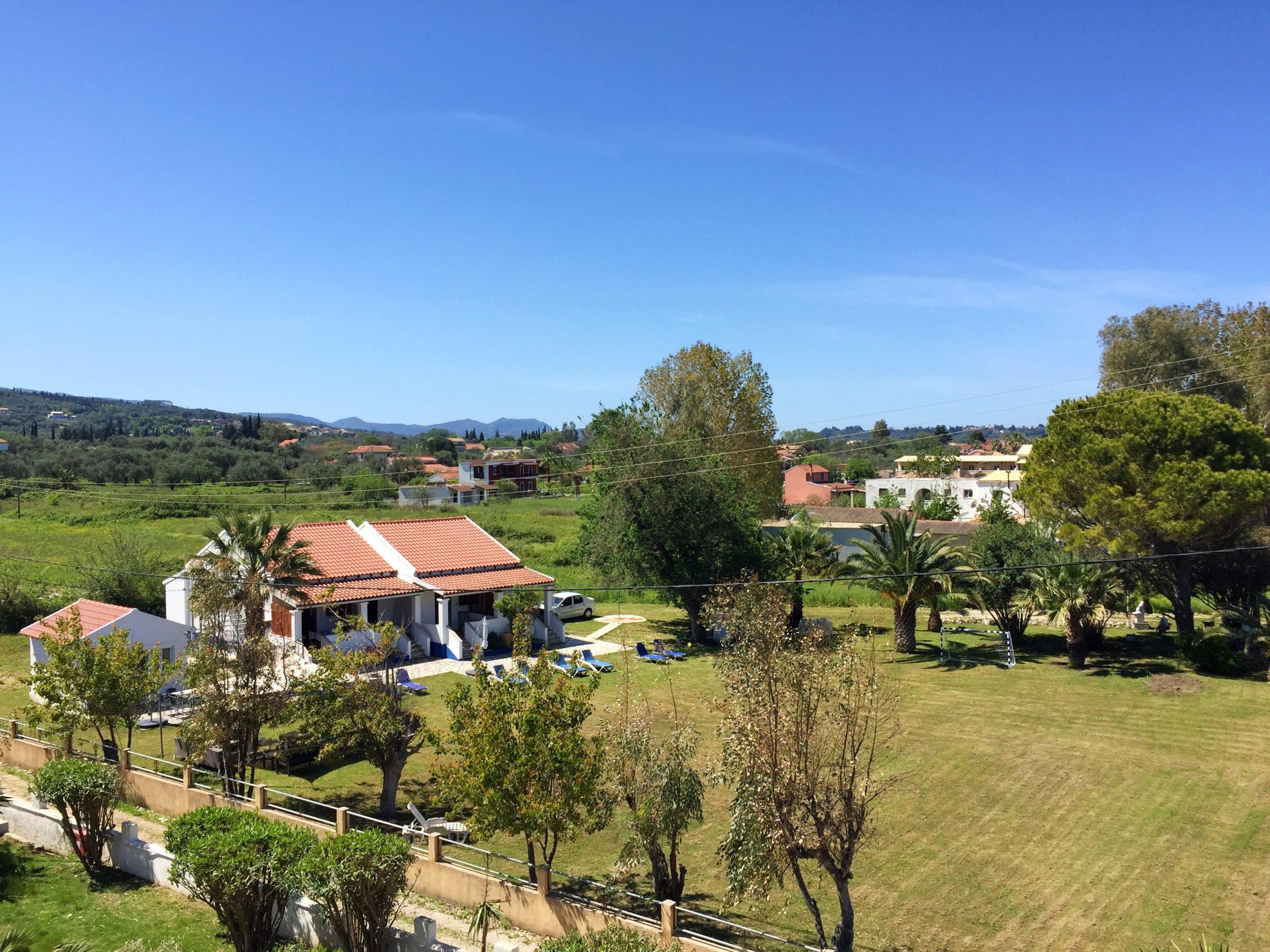 Appartementen Eveline reserveren voor een vakantie in Roda op Corfu.
